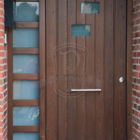 puertas exteriores de madera